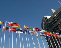 EU-Abgeordnete wollen bessere Sexualaufklärung und Recht auf Familienplanung