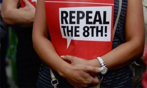 Süddeutsche Zeitung: Abtreibung in Irland – Kampagne mit der Menstruation