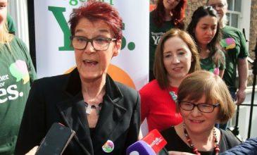 Unterstützerin Ailbhe Smyth