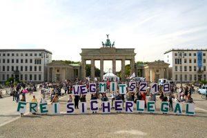 Pressemitteilung: Tausende setzen ein Zeichen für selbstbestimmtes Lieben und Leben