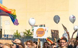 Pressemitteilung: Antrag der Linksfraktion zu reproduktiven Rechten und Aktion vor dem Bundestag